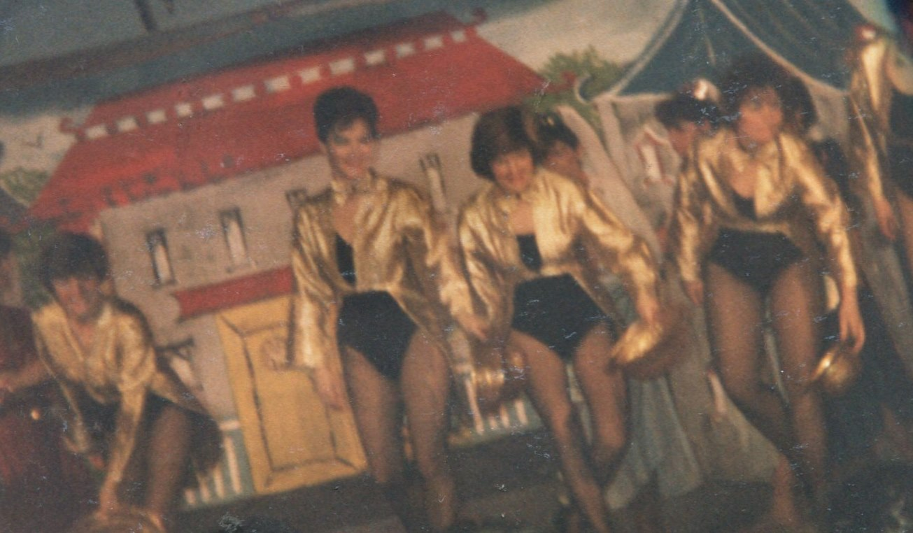 Aladdin 1988 (www.lmvg.ie) (3).jpg1988