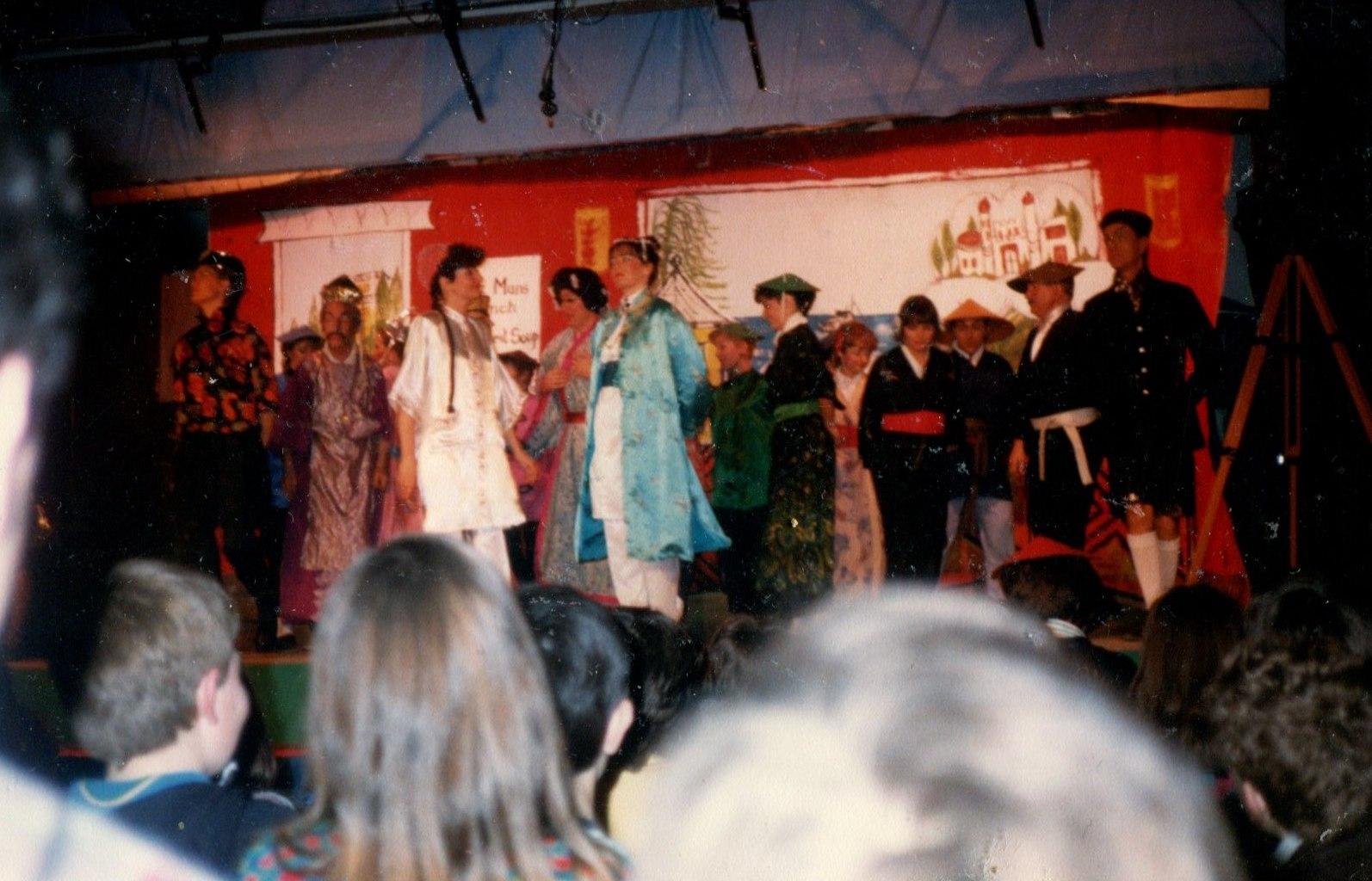 Aladdin 1988 (www.lmvg.ie) (5).jpg1988