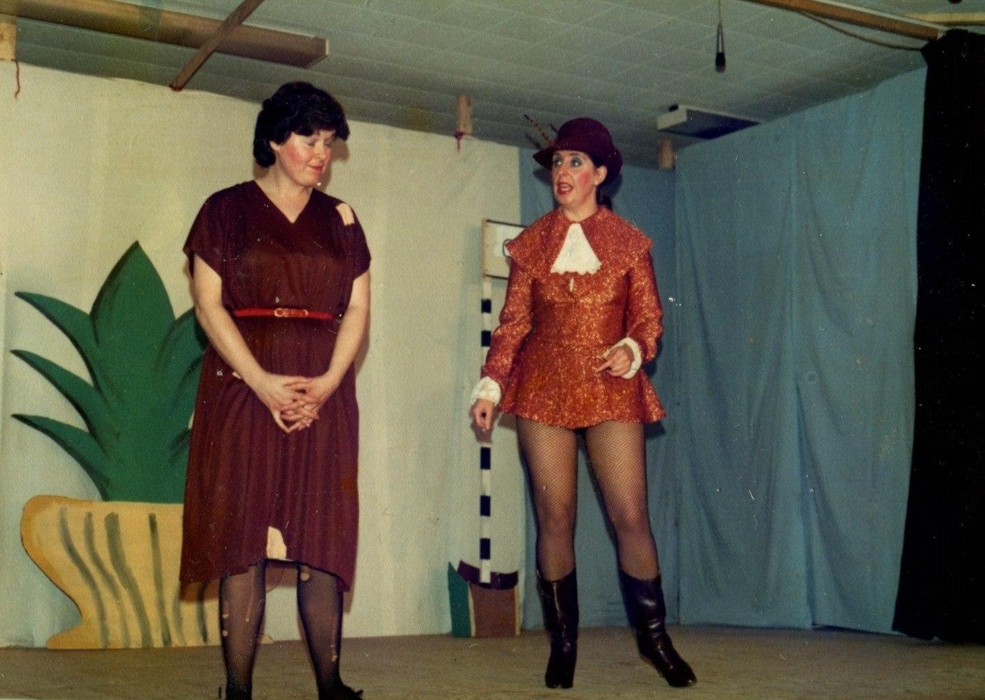 Cinderella 1982 (www.lmvg.ie) (18).jpg