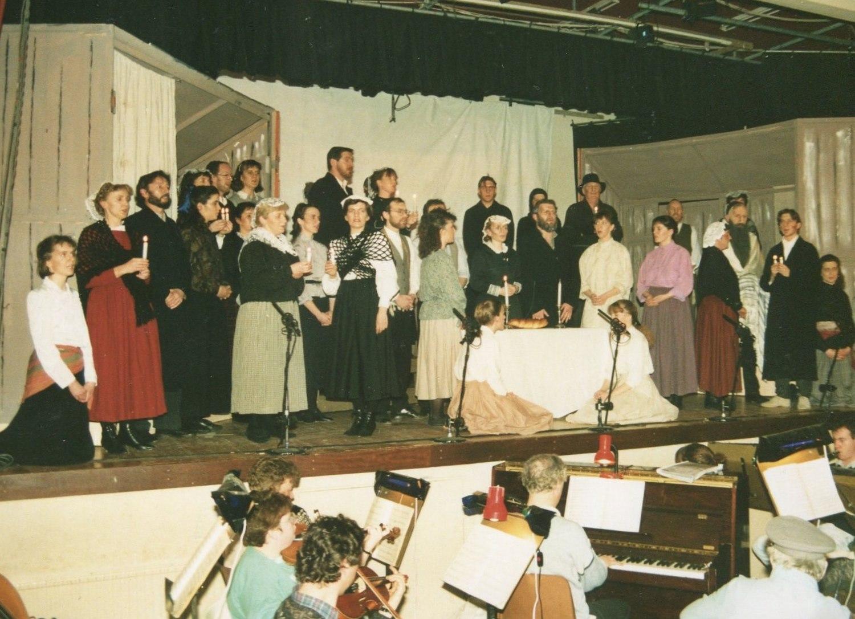 Fiddler on the Roof, 1991 (www.lmvg.ie) (23)