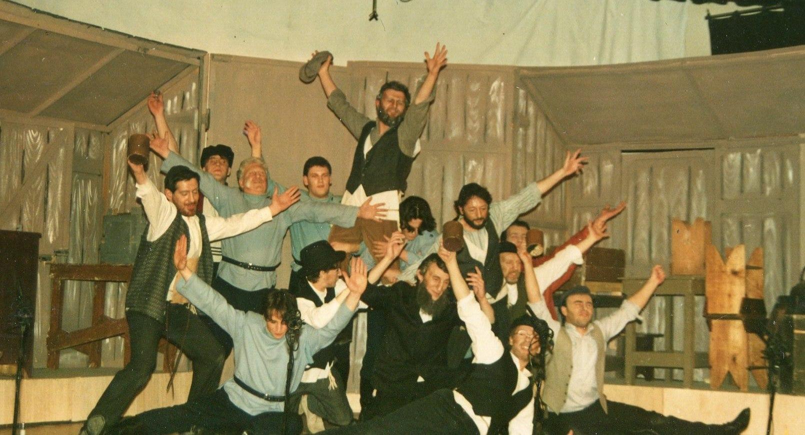Fiddler on the Roof, 1991 (www.lmvg.ie) (31)
