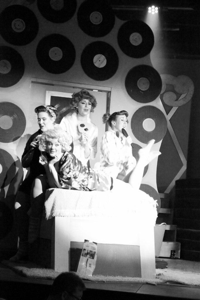 LMVGs Grease 2015 (www.lmvg.ie) (26).jpg