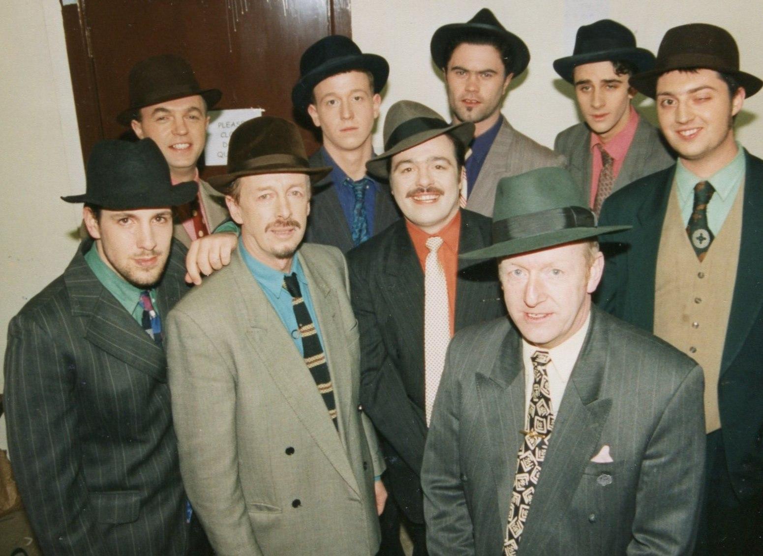 Guys and Dolls 1998 (www.lmvg.ie) (24)