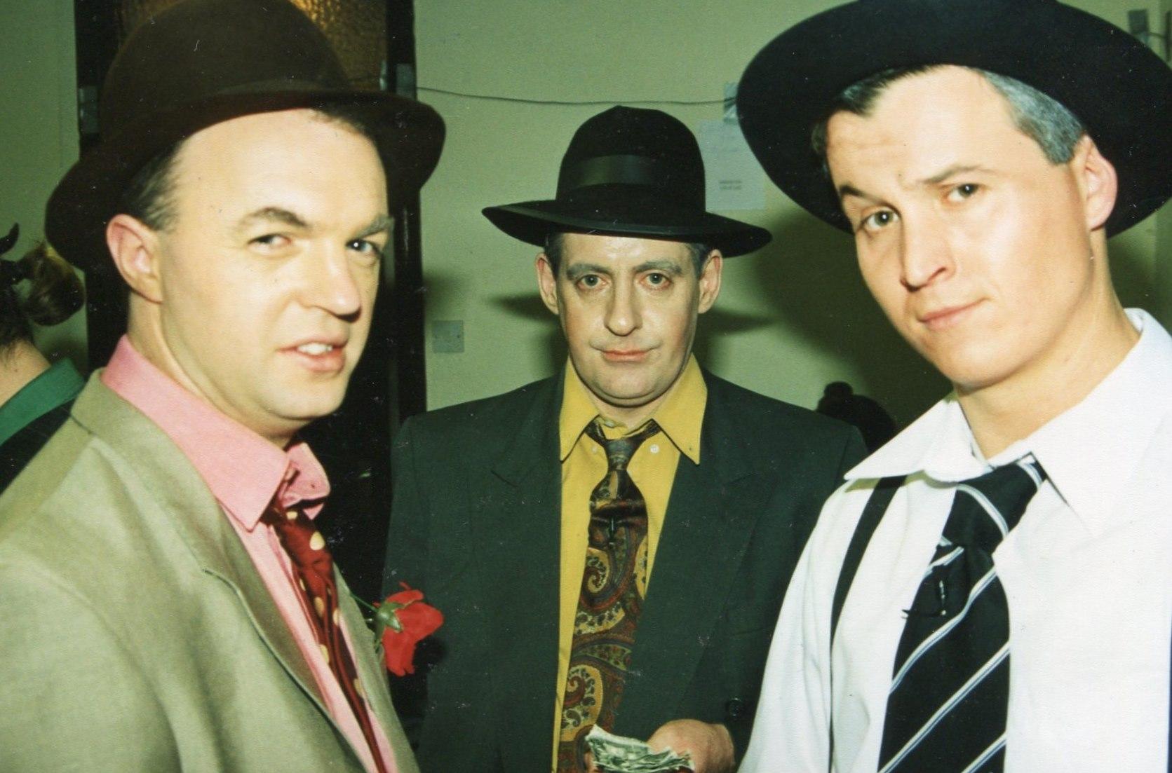 Guys and Dolls 1998 (www.lmvg.ie) (25)