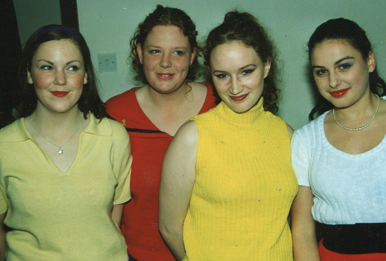 Guys and Dolls 1998 (www.lmvg.ie) (27)