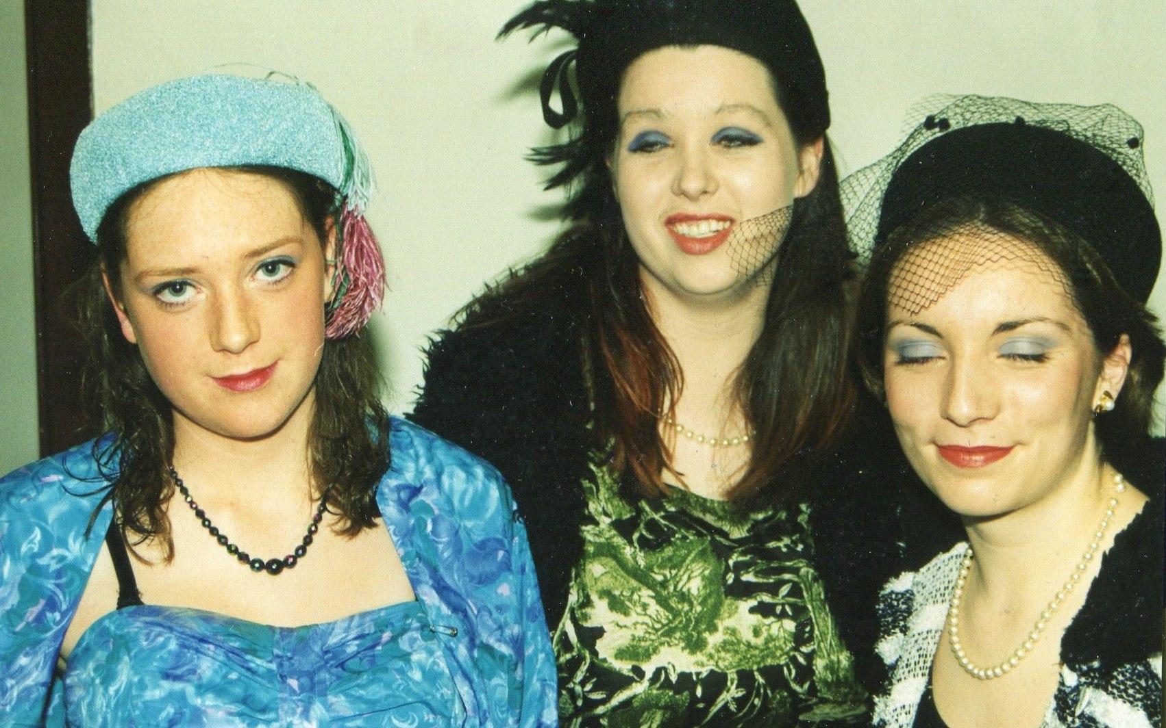 Guys and Dolls 1998 (www.lmvg.ie) (30)