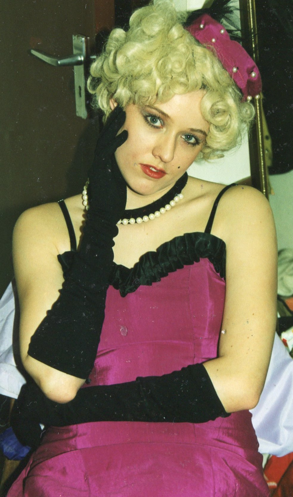 Guys and Dolls 1998 (www.lmvg.ie) (46)