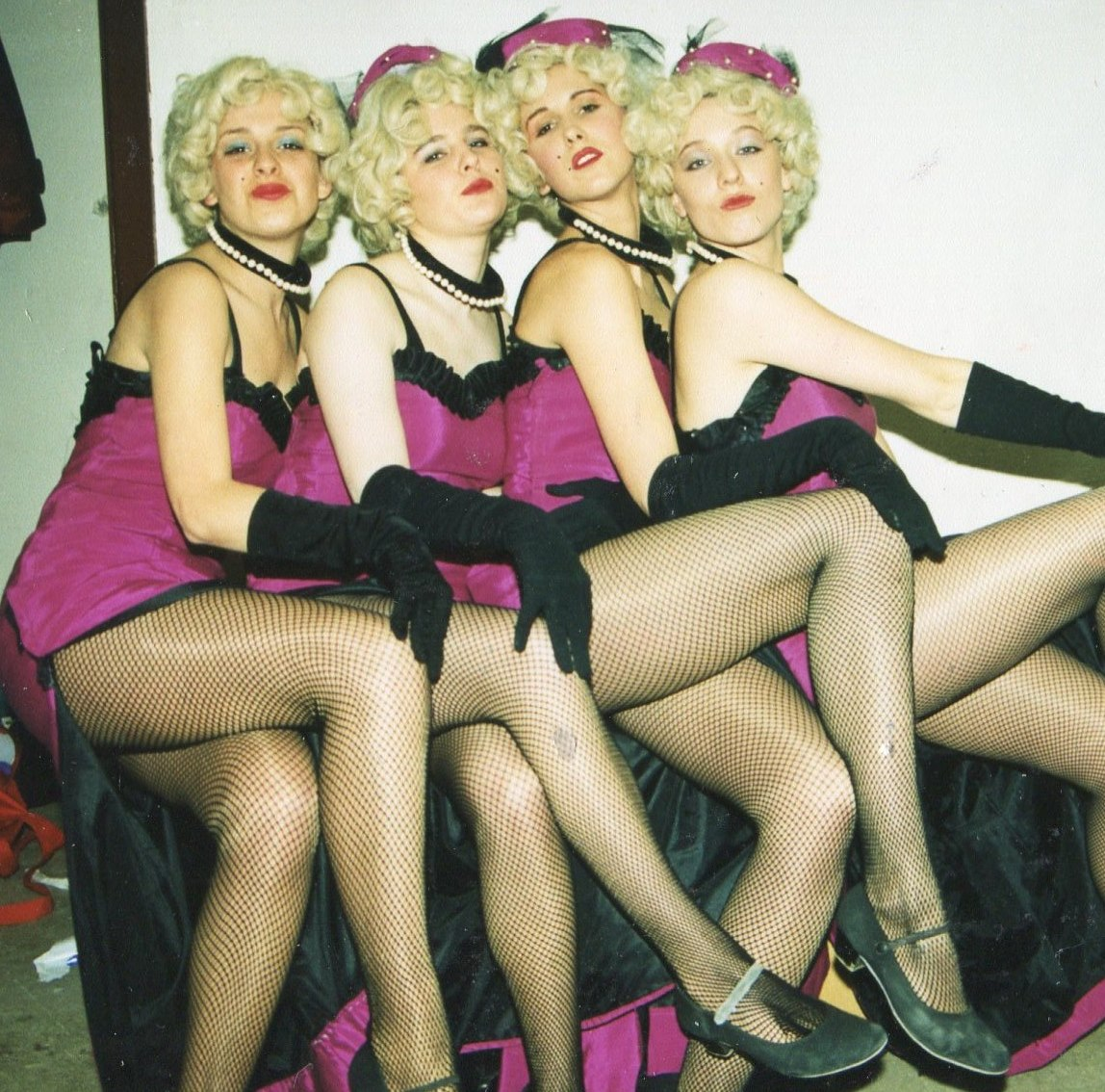 Guys and Dolls 1998 (www.lmvg.ie) (48)