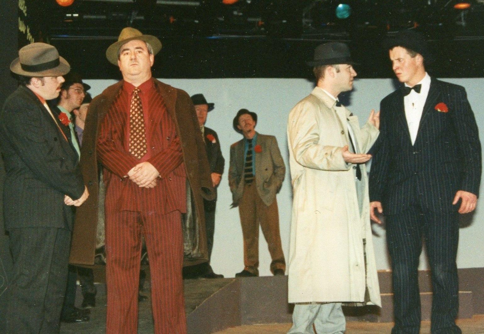 Guys and Dolls 1998 (www.lmvg.ie) (53)