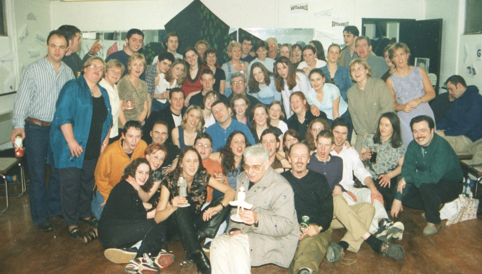 Guys and Dolls 1998 (www.lmvg.ie) (71)