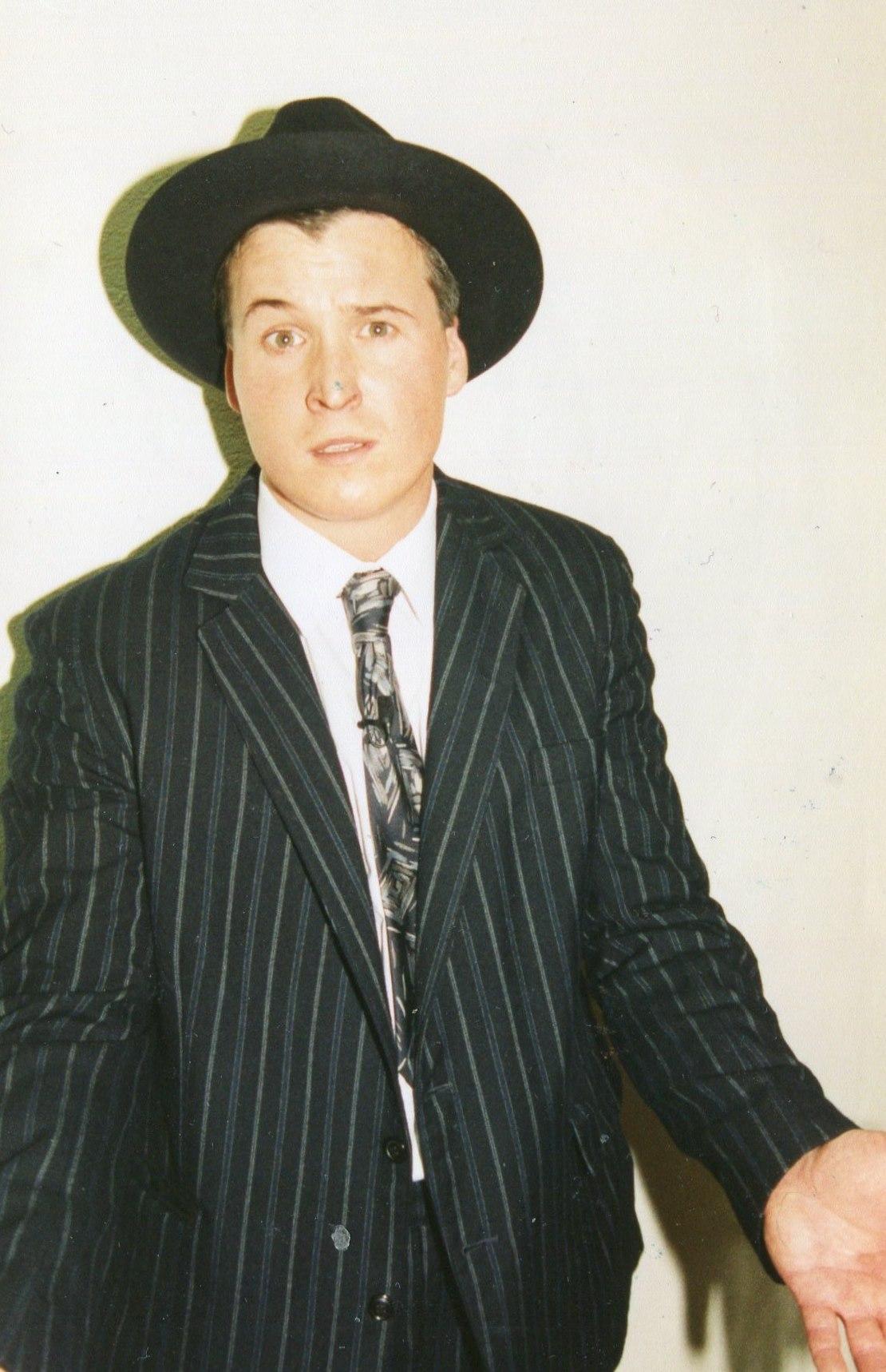 Guys and Dolls 1998 (www.lmvg.ie) (9)