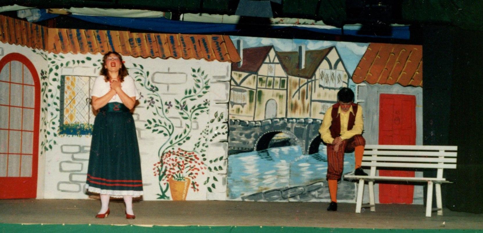 Hickory Dickory Dock, 1986 (www.lmvg.ie) (55)