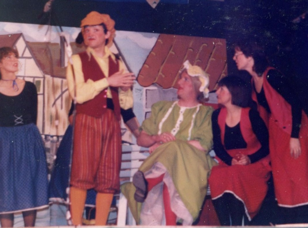 Hickory Dickory Dock, 1986 (www.lmvg.ie) (8)